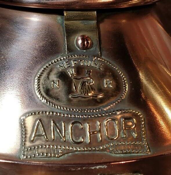 Neptune anchor scheepslamp logo