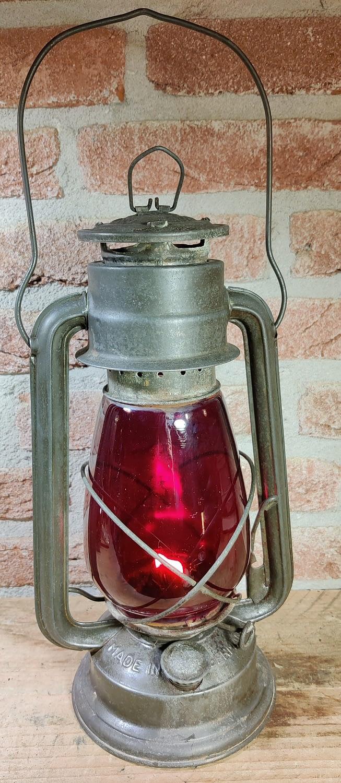 Mooie foto van de Frowo 75 met rood glas