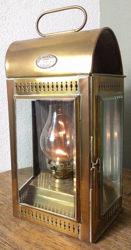 Davey & Co machinekamerlamp van messing