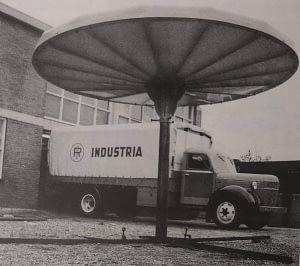 Prestige project armatuur uit 1950