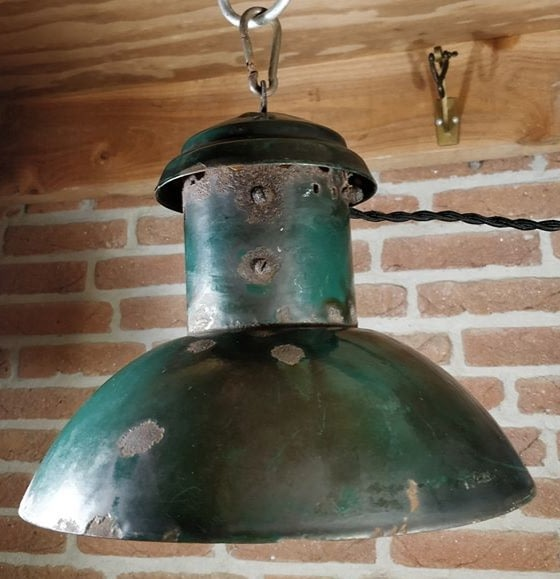 Industriele emaille groene hanglamp