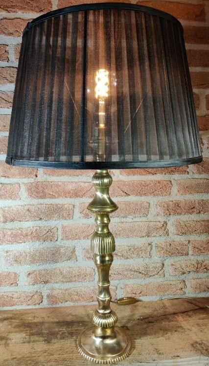 De mooie klassieke kerkkandelaar lamp