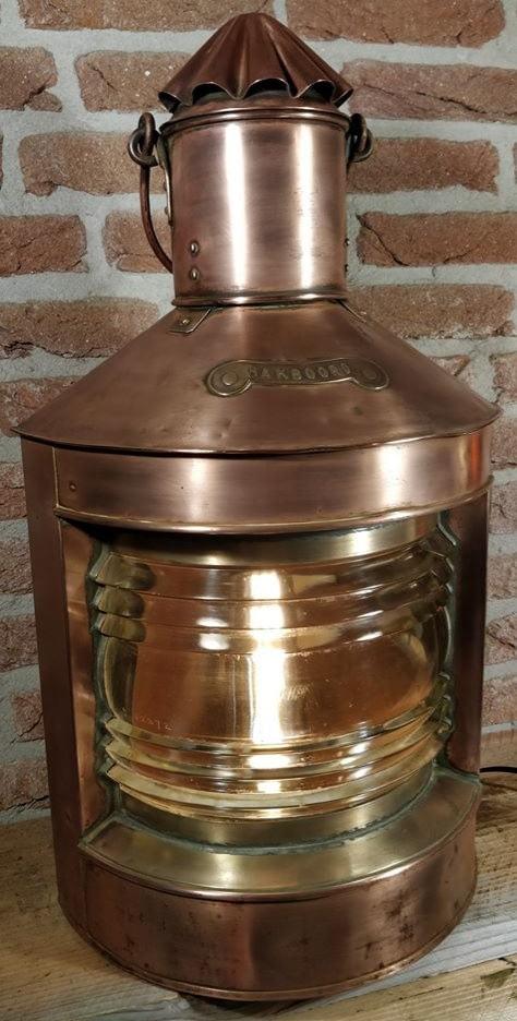 Koperen bakboord scheepslamp