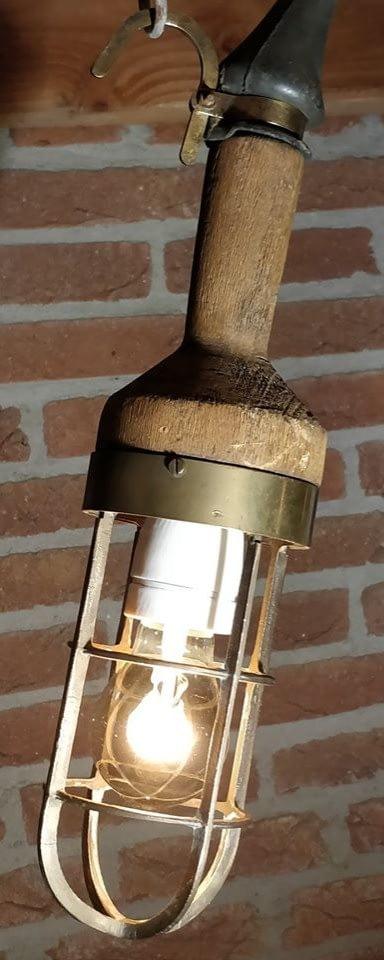 brandende looplamp van Industria Rotterdam