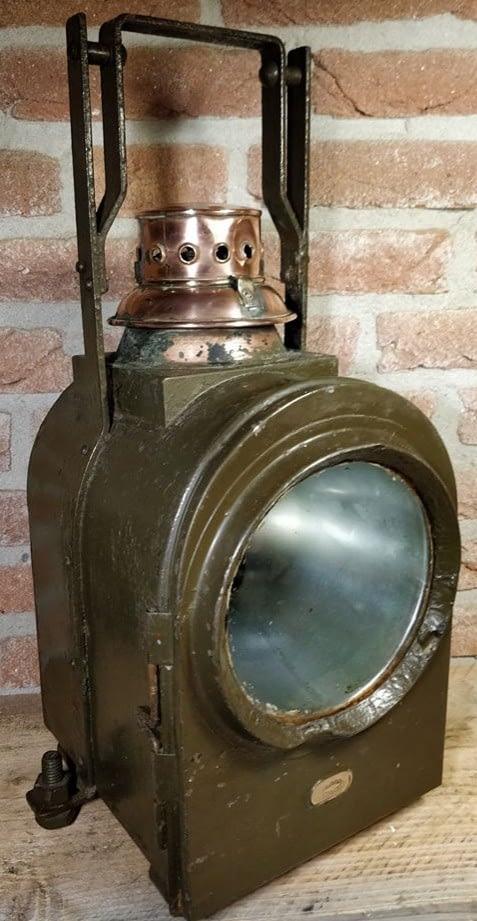 J.A van Dijk wagon lantaarn