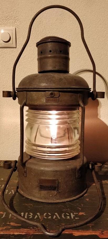 Peters & Bey ankerlicht afkomstig uit Hamburg, Duitsland