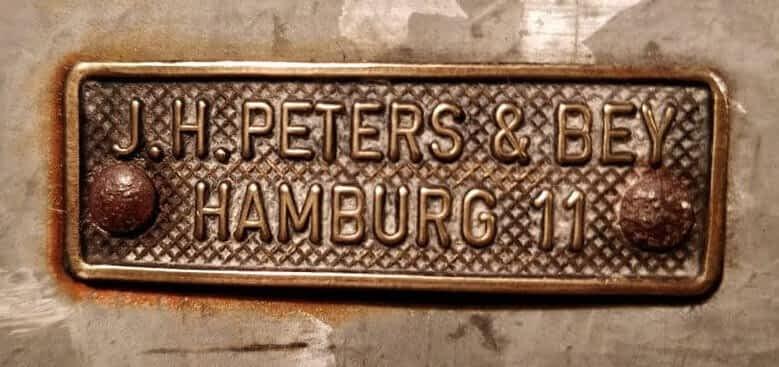 J.H. Peters & Bey scheepslamp logo Hamburg