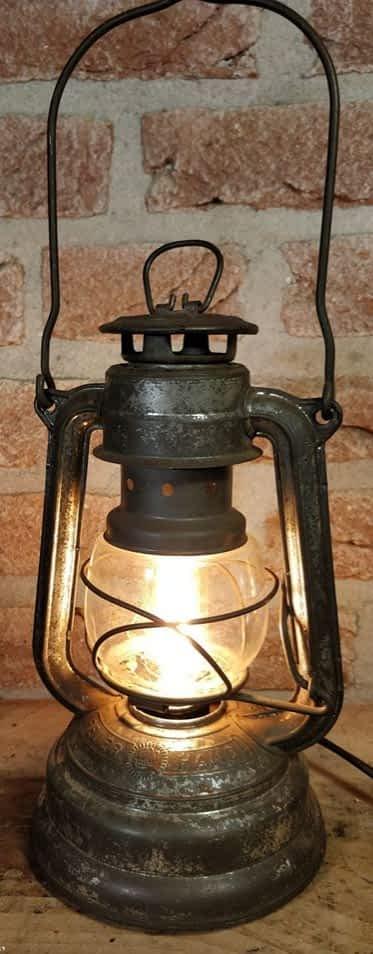 De super 176 stormlamp van Feuerhand (duitsland)