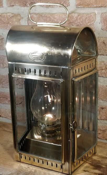 Scheepslamp van Davey & Co London