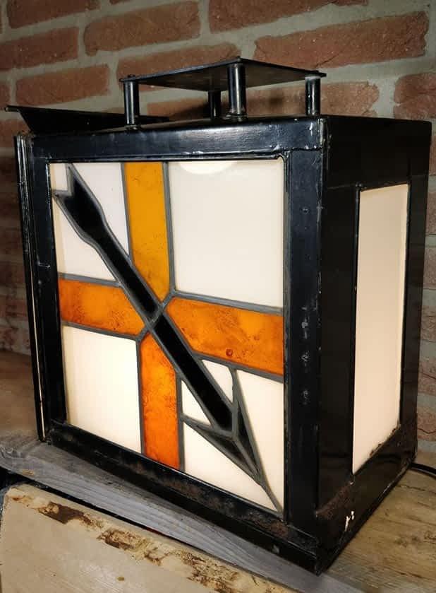 Rangeerstoplantaarn met origineel glas in lood